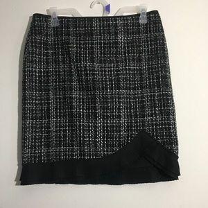 NWT Black & White Ruffle Detail Tweed Skirt